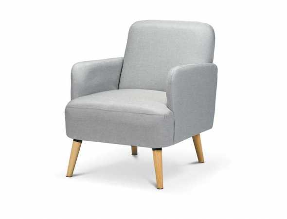 כורסא בריפוד בד ורגלי עץ