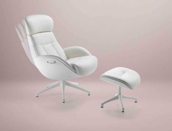 הכורסא מעניקה תמיכה ארגונומית מלאה לכל חלק וחלק בגוף. כוונון עצמאי קל ונוח לתפעול, הכורסה נעה על ציר מסתובב 360 מעלות ומרופדת בעור איכותי, חזק ועמיד במיוחד בעיצוב עכשווי