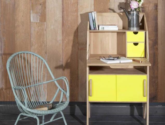 שידת עץ לשימוש כקונסולת כניסה או משרד ביתי  קטן