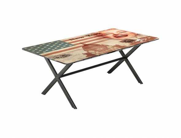 שולחן עם משטח מודפס