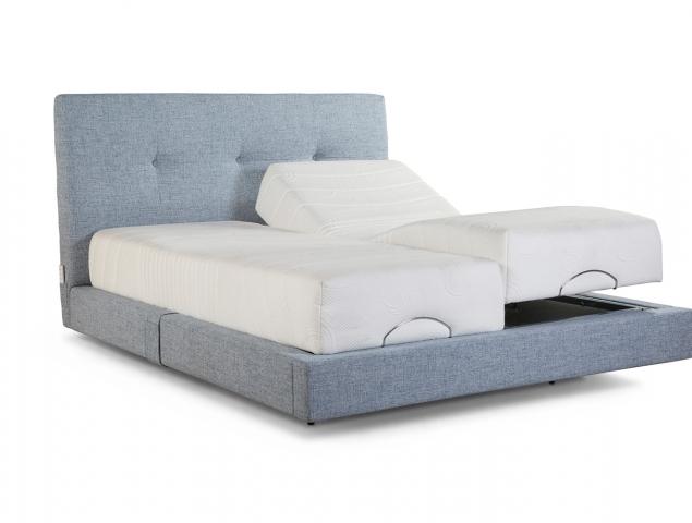 מערכת שינה מתכווננת עם ראש מיטה בעלת שכבת פינוק לבחירה, במגוון מידות להתאמה אישית