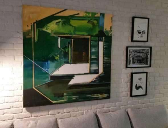ציורים של האומנים נגה ספר, לצי ותמר לדרברג, מעצב-דדי ראובן