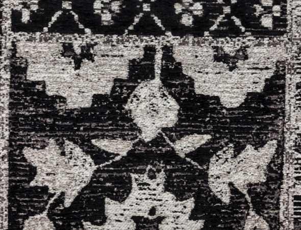 שטיח שטוח העשוי מסיבי כותנה ומעוטר בעיצובים אוריינטלים מרהיבים, שטיח נוח מאוד לתחזוקה.