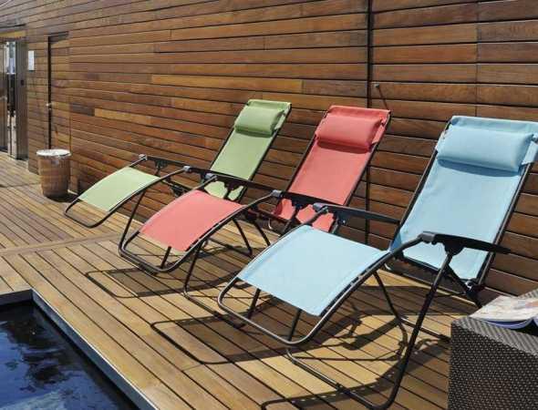 כסא נוח מבית המותג  LAFUMA, קיים במגוון צבעים
