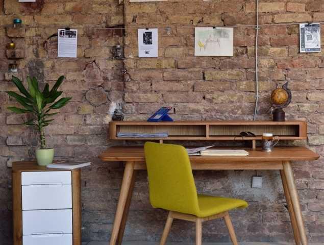 שולחן מחשב עץ