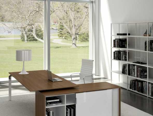 קולקציה אקסקלוסיבית וקלאסית Abot Office שמשתלבת בצורה מושלמת במשרד המודרני. פתרונות ההובלה והסתרת הכבלים כבר מובנים בתוך השולחן, עם שימוש באחוז גבוה ככל האפשר בחומרים הניתנים למחזור.
