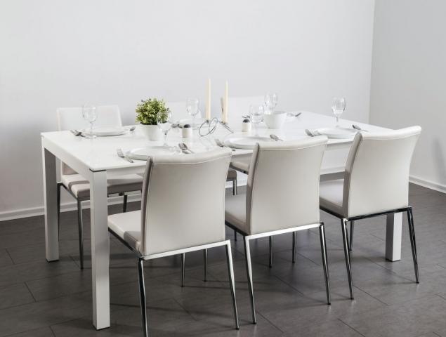 שולחן נפתח במגוון עיצובים לבחירה