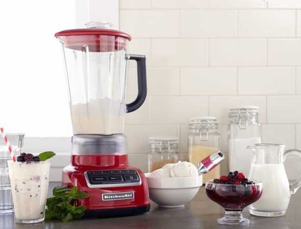 בלנדר מבית המותג Kitchenaid