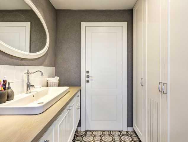 דלת מקולקציית פרימיום יוניק טופ טאץ עם חריטת 2 פאנל