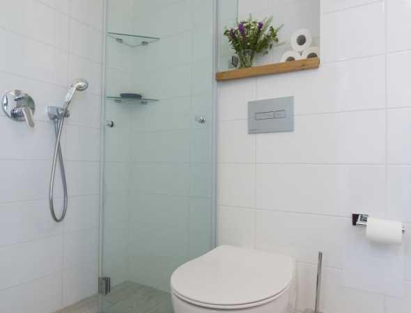 מקלחון חזית הרמוניקה עם חלק קבוע