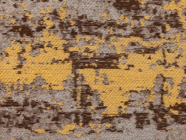 שטיח אשר הינו חלק מקולקציה בעיצובים אבסטרקטים מרהיבים, שטיח נוח מאוד לתחזוקה.