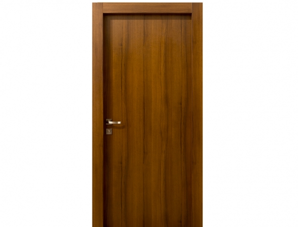 דלת מדגם אגוז 3 דיפ מקולקציית יוניק אקסקלוסיב, עמידה בפני נזקי מים (עד 7 ס