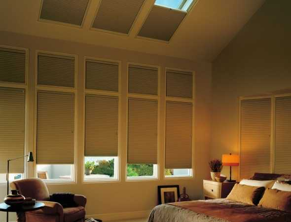 וילונות דואט לפתחים מיוחדים כגון חלונות סקיילייט וצורות גאומטריות מיוחדות כמו משולשים וטרפזים.