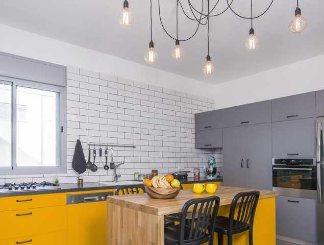 נירלט- צבע עץ צהוב