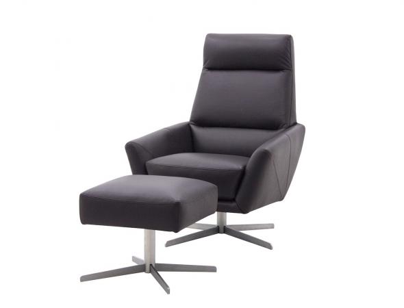כורסא והדום בריפוד בא עם רגלי ניקל