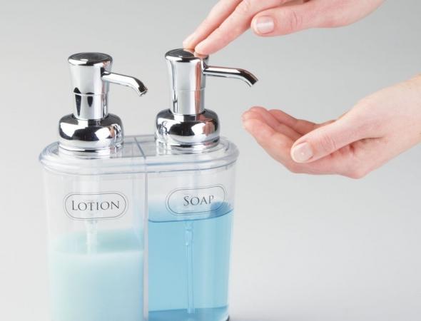 דיספנסר כפול לסבון ידיים וקרם גוף