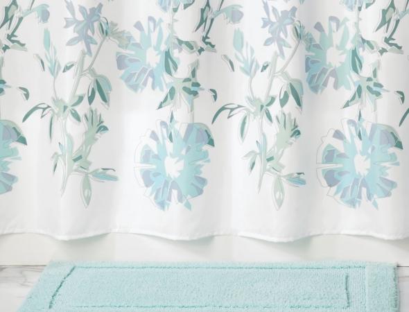 שטיח לאמבטיה, קיים במגוון צבעים