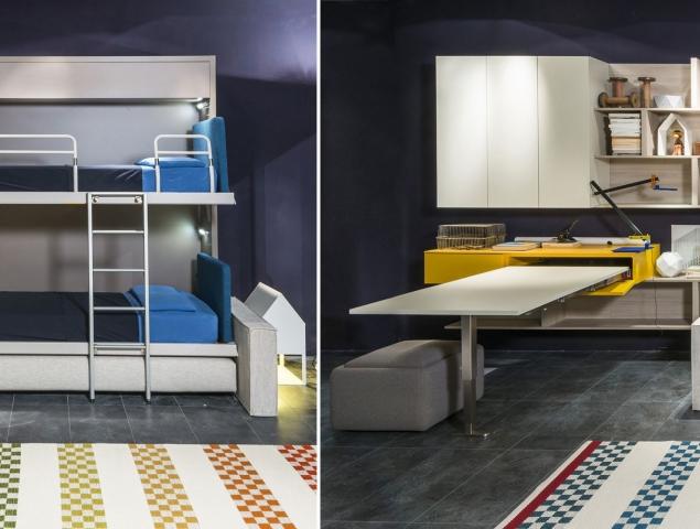 """מיטת קיר קומותיים וספה, שתי מיטות נפרדות בתוך """"קופסא"""" בעומק 35 ס""""מ ובחזית ספה נוחה. המיטה התחתונה נפתחת מעל הספה ללא צורך להזיז אותה ובמיטה העליונה ישנו סולם ומעקה."""