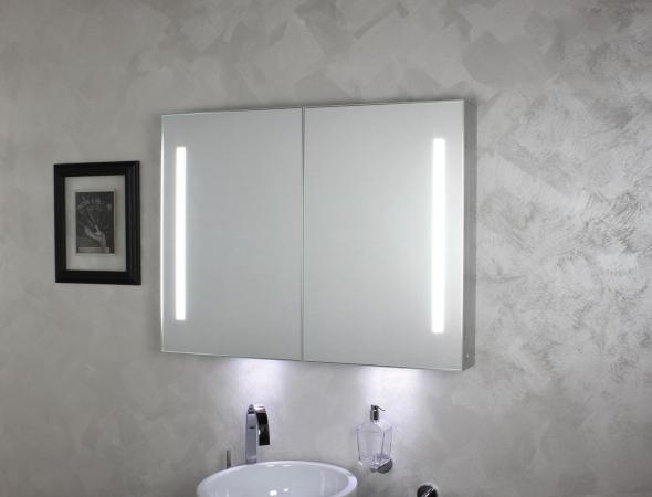 ארון מראה לאמבט עם תאורה