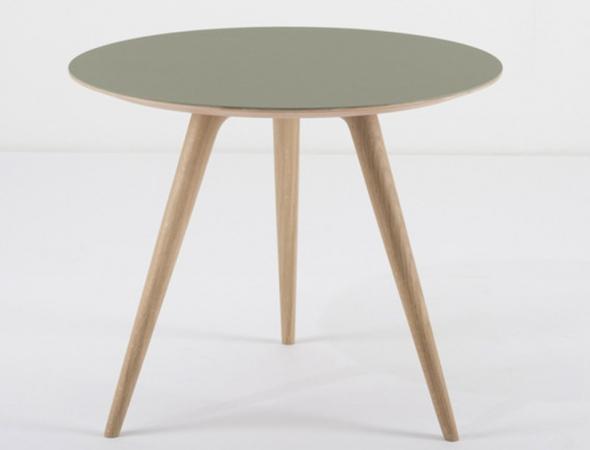 שולחן צד מעץ