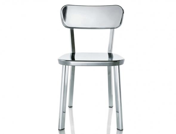 כסא מתכת כסוף