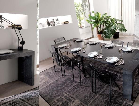 קונסולה במראה אלגנטי ובעיצוב איטלקי נפתיחת עד 3 מטר והופכת לשולחן פינת אוכל משגע. אחרי הארוחה חוזרת למקומה ומותירה חלל פתוח.