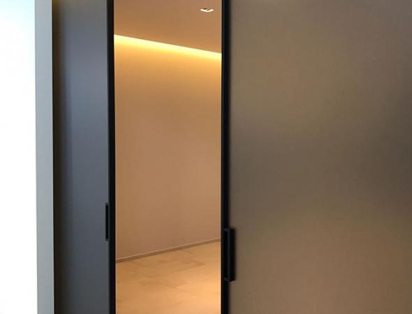 דלתות הזזה דגם מודו