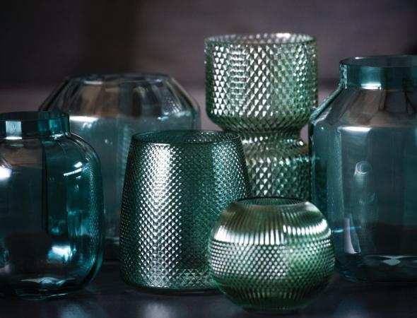 כלי זכוכית דקורטייבים