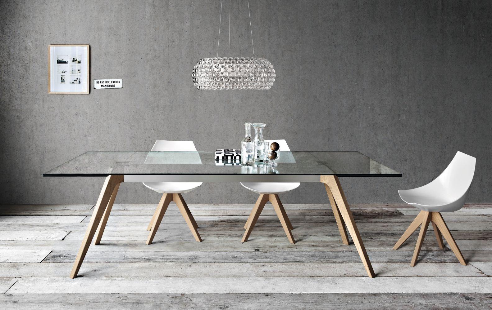 delta שולחן