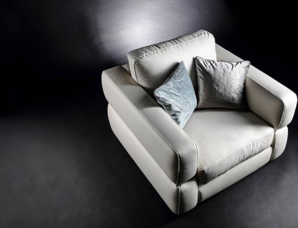 MANTELLASSI כורסא