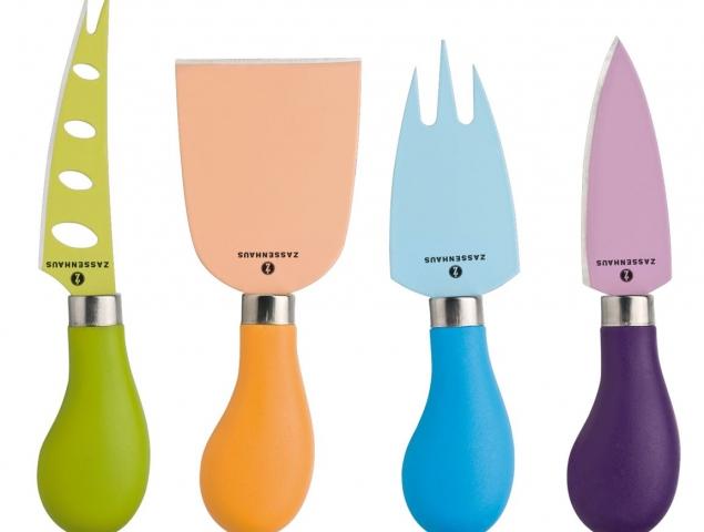 כלי הגשה צבעוניים