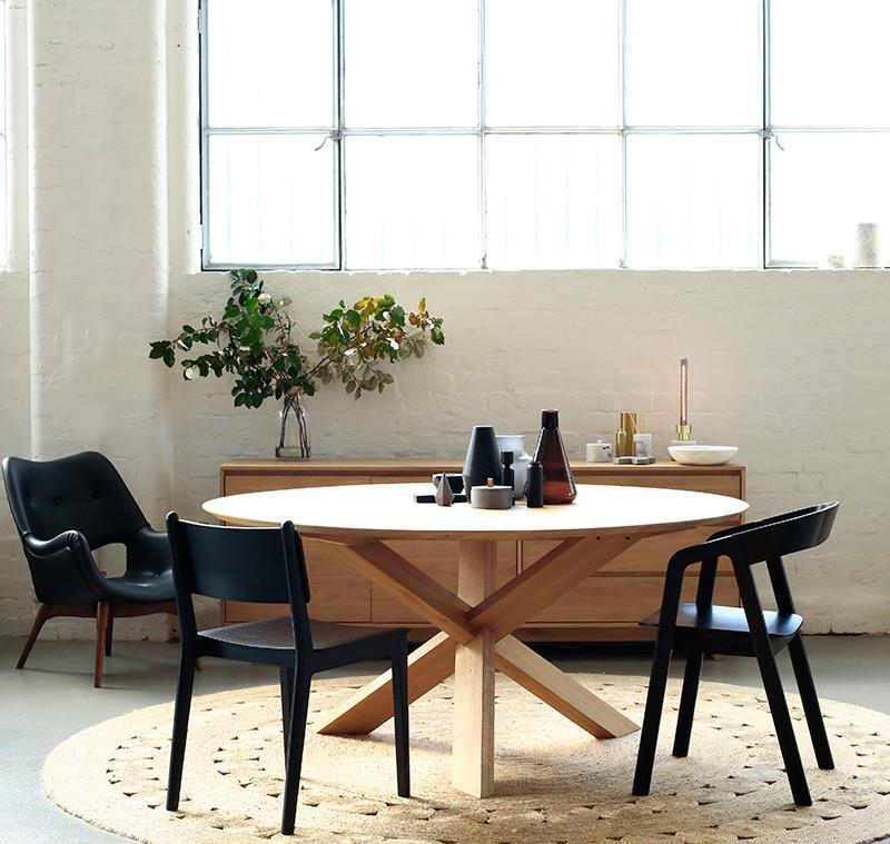 שולחן אוכל טולמנס