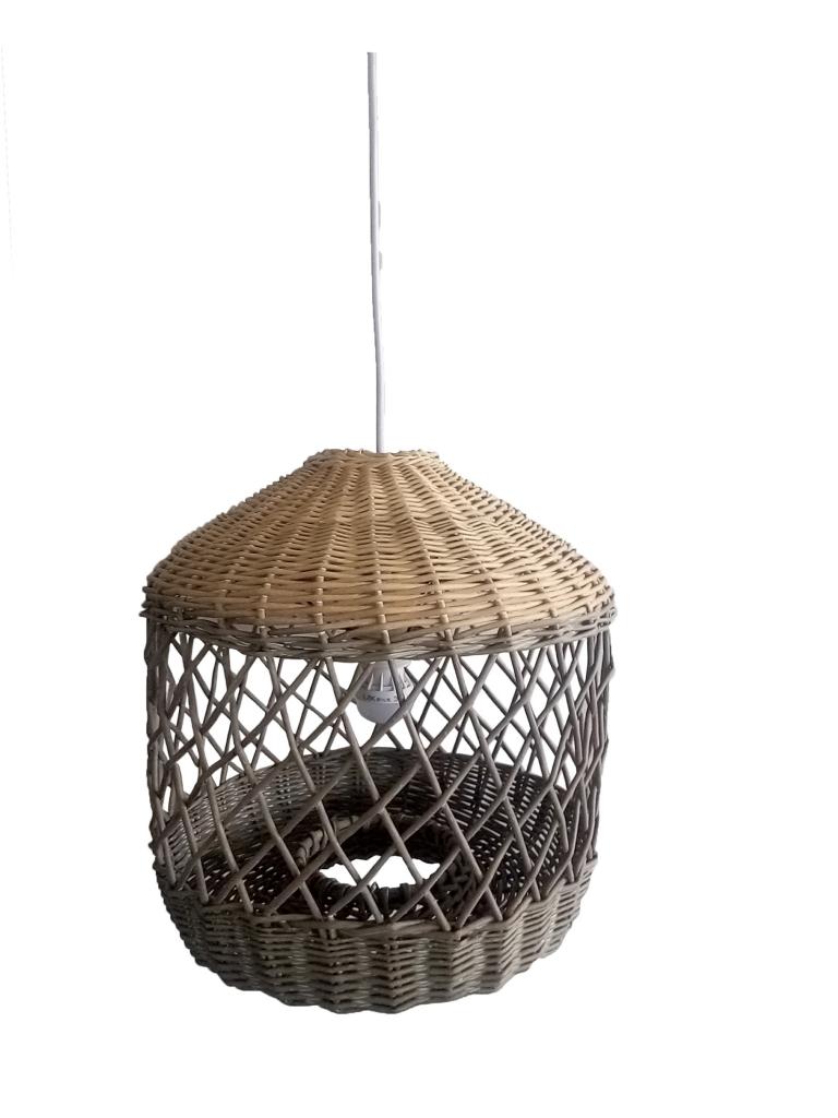 מנורת תלייה מרטן ברשת ביתילי. מחיר 399 שח. צילום ישראל כהן (002)